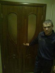 установка входных и межкомнатных дверей, окон.