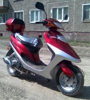 Скутер новый без пробега на гарантии. 35000р.